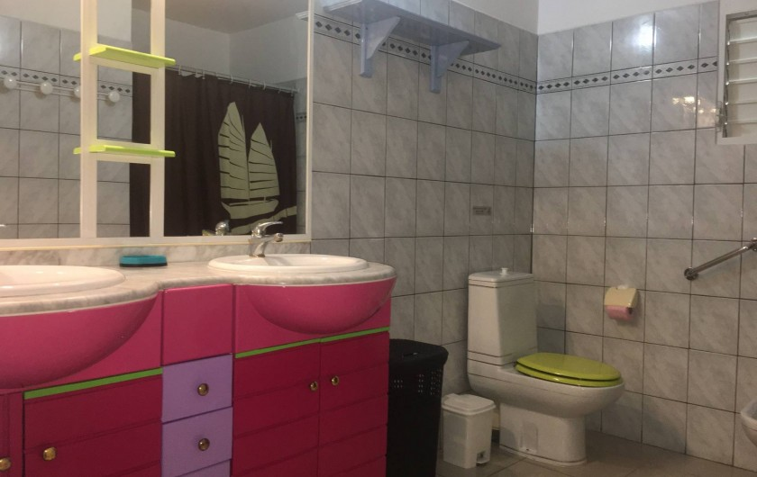 Location de vacances - Villa à Douville - Salle de bain 1 avec douche à l'italienne