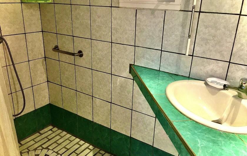 Location de vacances - Villa à Douville - Salle de bain 2 avec chambre attenante