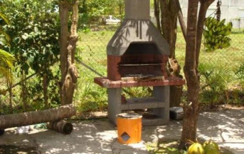 Location de vacances - Villa à Douville - Le barbecue pour dorer vos meilleurs morceaux