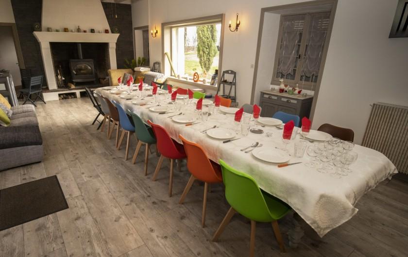Location de vacances - Chambre d'hôtes à Simeyrols - Dîner en salle