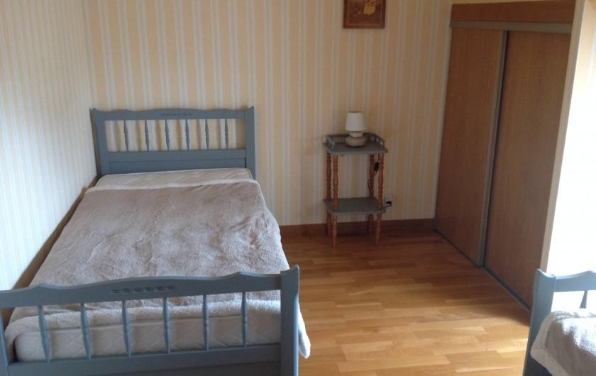 Location de vacances - Maison - Villa à Loguivy - Chambre 3 2 lits simples 1er étage