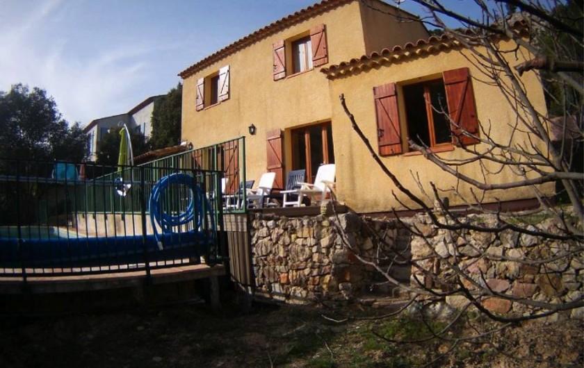 Location de vacances - Villa à Vins-sur-Caramy - Facade arrière villa