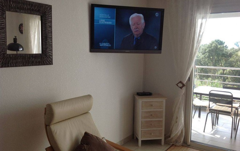 Location de vacances - Appartement à Porto-Vecchio - Télévision dans salon