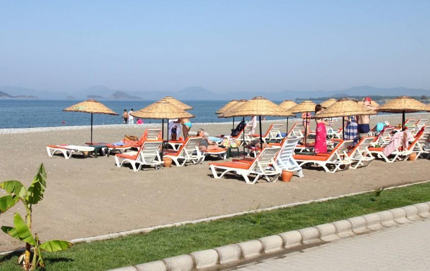 Location de vacances - Appartement à Fethiye - Plage entre la mer et Sunset Beach Club