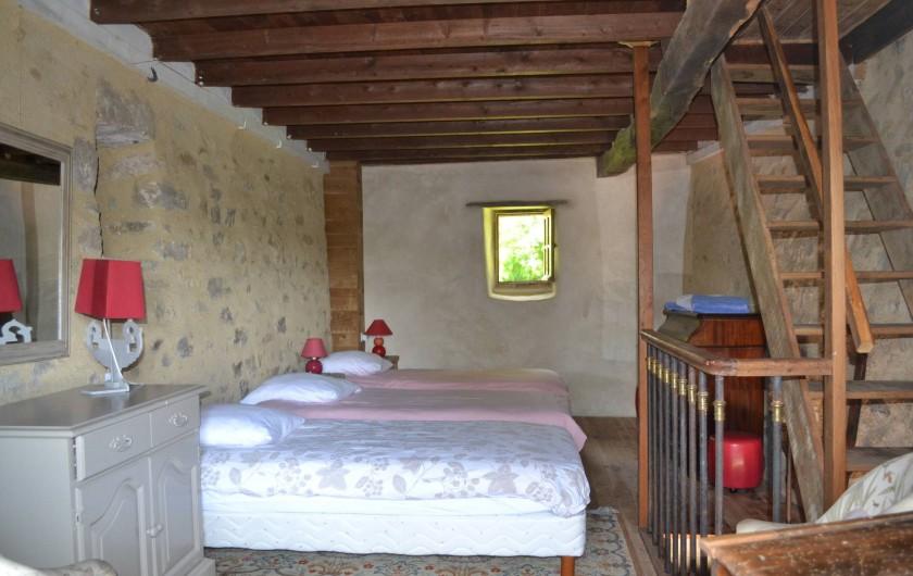 Location de vacances - Gîte à La Baconnière - Chambre 1er étage (dortoir 3 lits simple)