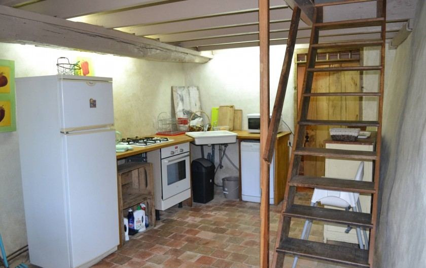 Location de vacances - Gîte à La Baconnière - Cuisine équipée (micro-ondes, lave vaisselles et lave linge)