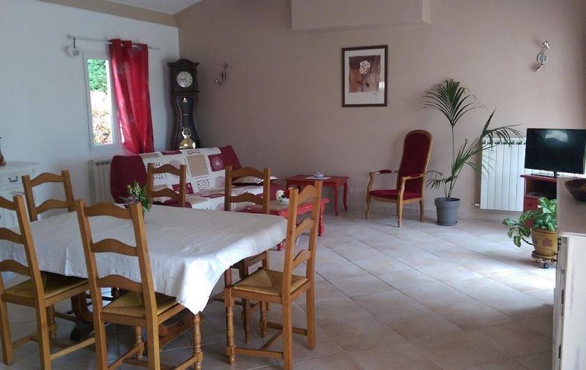 Location de vacances - Villa à Pujaut - Salon salle à manger