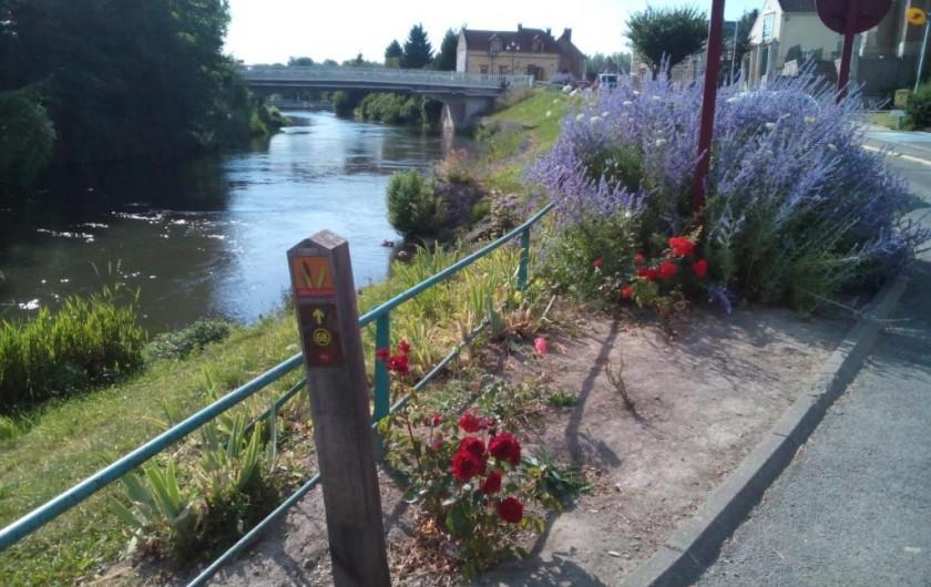 """Location de vacances - Gîte à Pont-Remy - Gîte 6/8 pers.   """"AUX 10 PONTS""""  au cœur du village et du canal SOMME"""