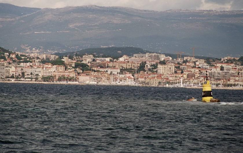 Location de vacances - Appartement à Cannes - Cannes à partir de la mer