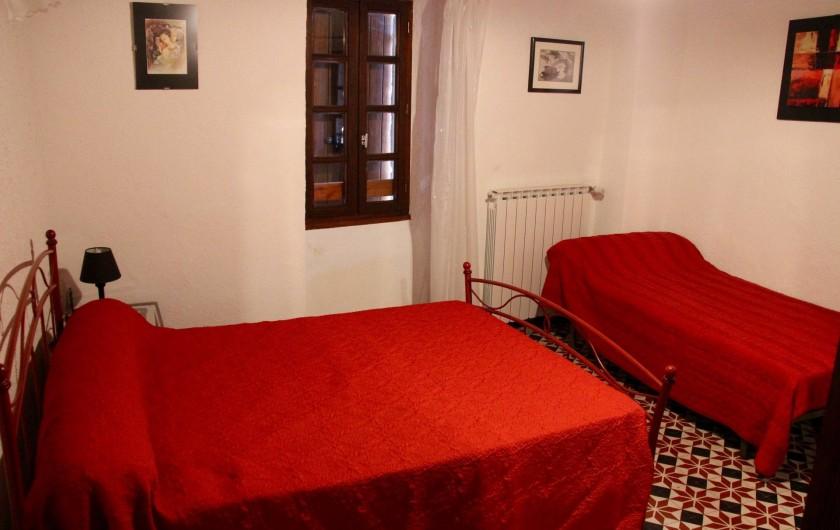 Location de vacances - Gîte à Notre-Dame-de-la-Rouvière - Vue  partielle de la   chambre   1