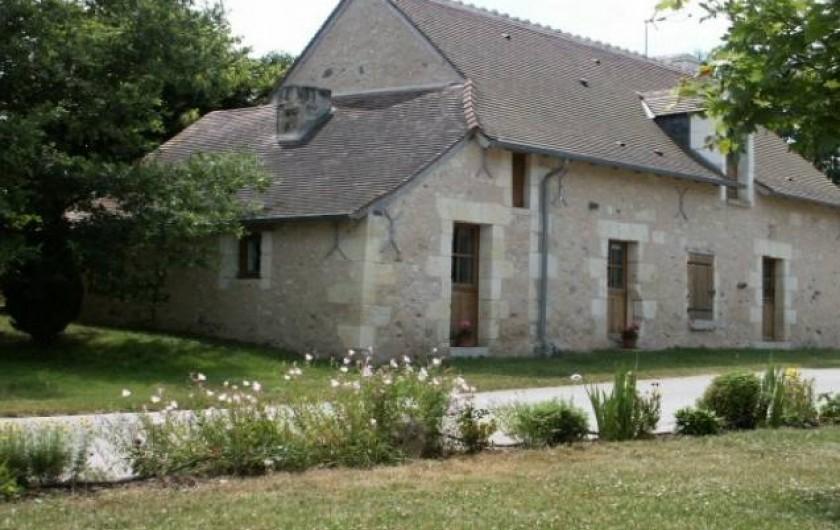 Location de vacances - Gîte à Paulmy - côté nord du gîte rural