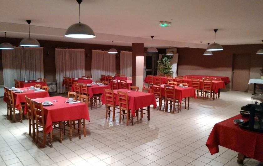 Location de vacances - Hôtel - Auberge à Céaux - salle des petits déjeuners
