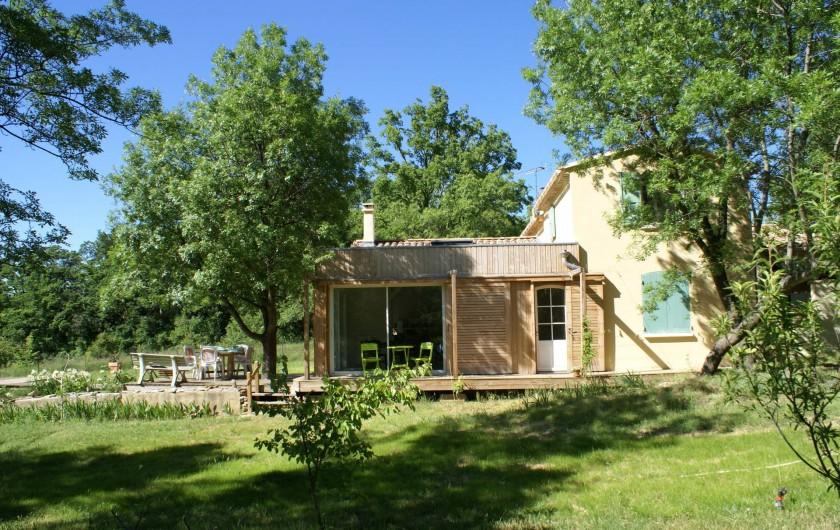 Location de vacances - Villa à Saignon - Maison avec extension en bois