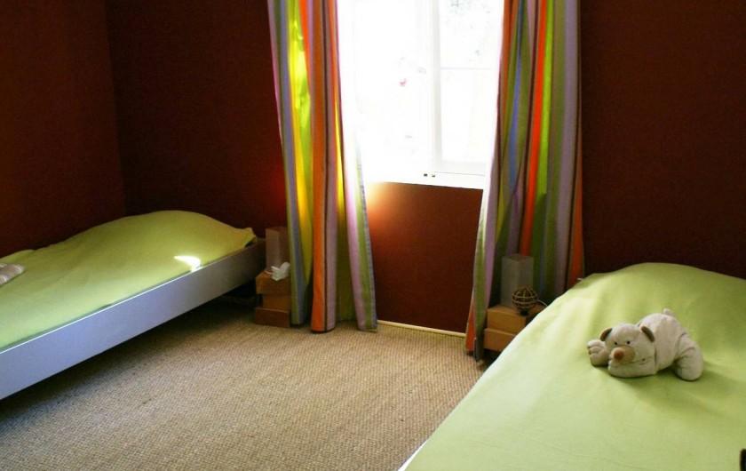 Location de vacances - Villa à Saignon - Chambre enfants