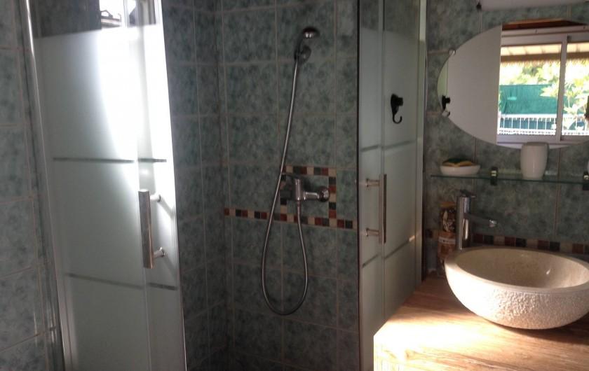 Location de vacances - Chalet à Saint-Leu - Salle de bain