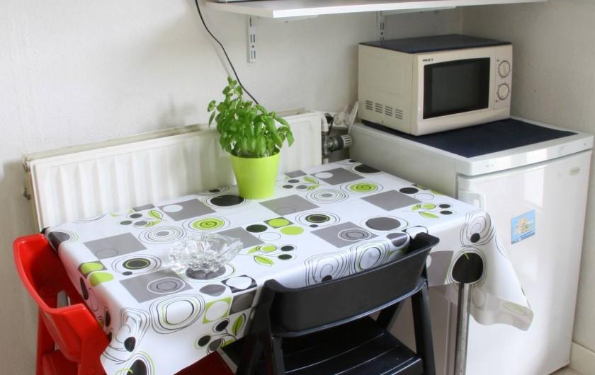 Location de vacances - Studio à Spa - cuisine meublé 2