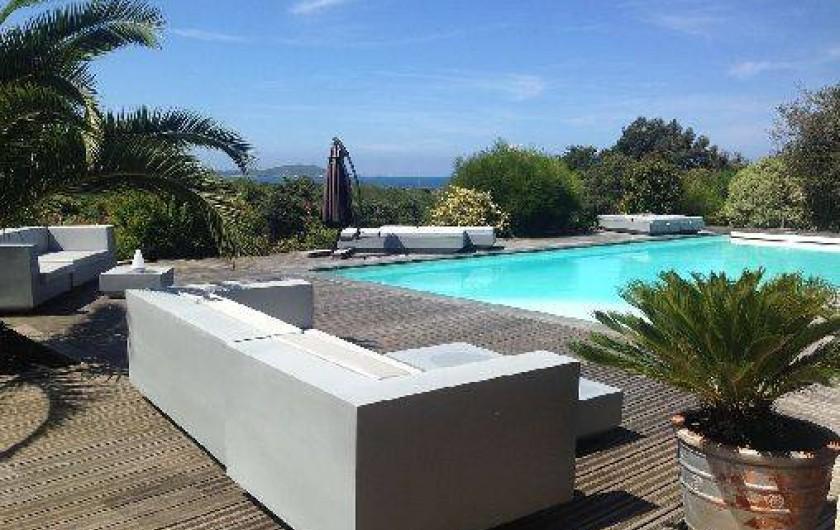 Location de vacances - Appartement à Porticcio - terrasse piscine