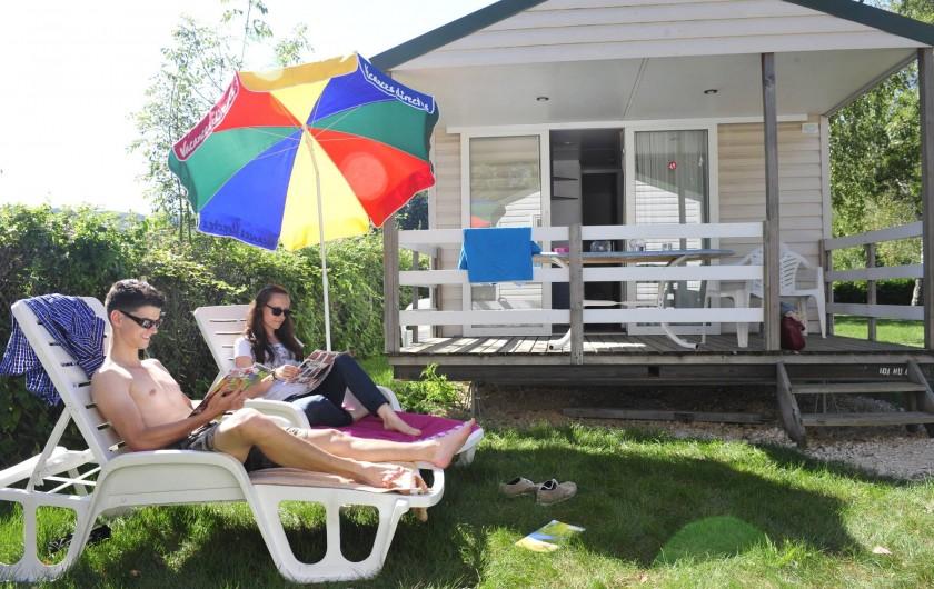 Location de vacances - Bungalow - Mobilhome à Chalezeule - Location Mobile-homes 4 / 6 places
