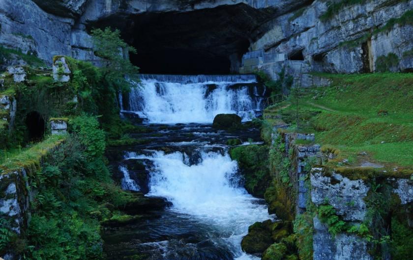 Location de vacances - Bungalow - Mobilhome à Chalezeule - La source de la Loue, une énigme résolue