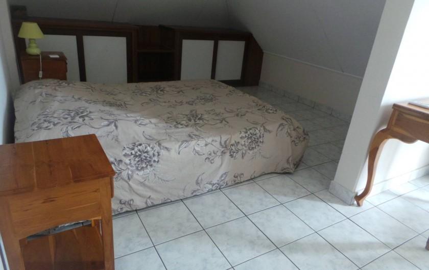 Location de vacances - Appartement à Saint-Paul - La chambre 3, un couchage double et la vue mer