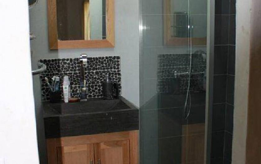 Location de vacances - Villa à Fontanes - et sa salle de bain