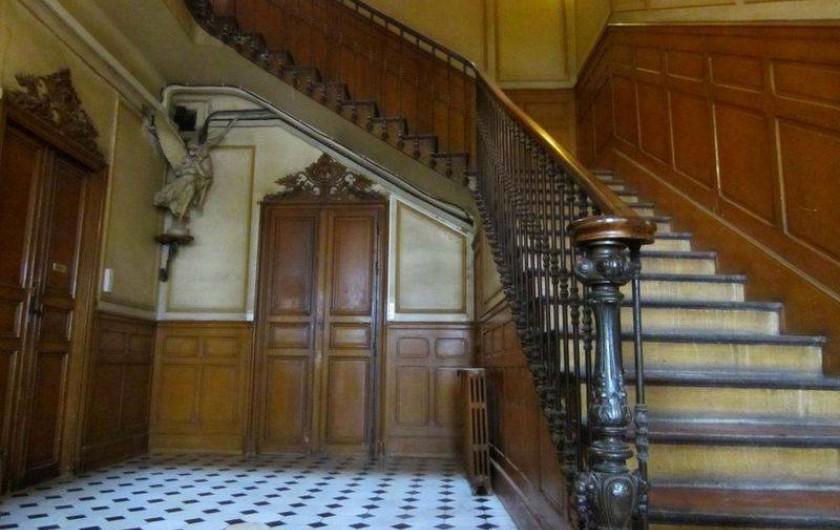 Location de vacances - Appartement à 6e Arrondissement - Entrée de l'immeuble
