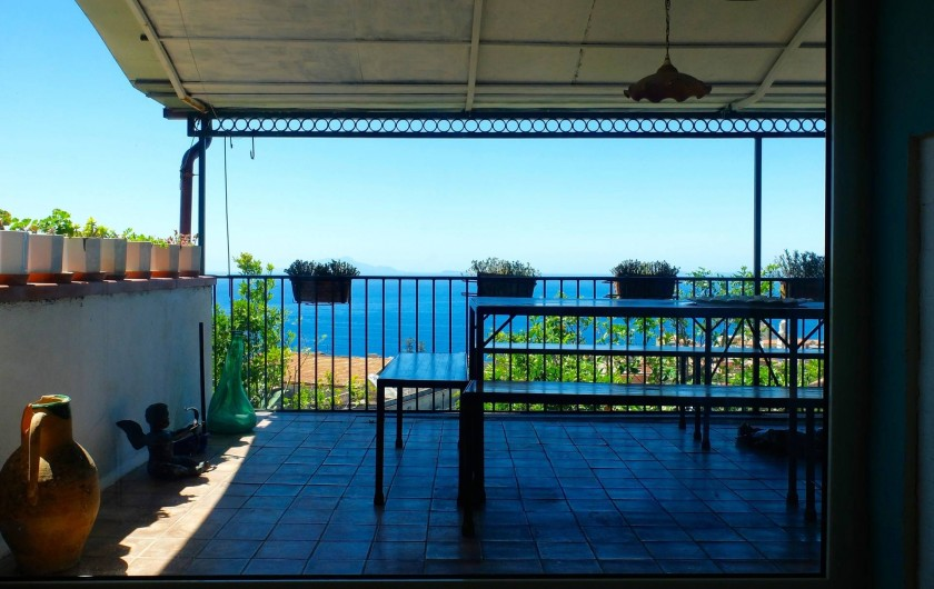 Location de vacances - Villa à Massa Lubrense - Vue sur la Terrace du hall d'entrée