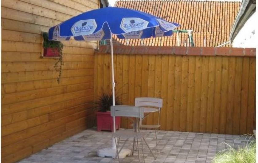 Location de vacances - Gîte à Brailly-Cornehotte - petite terrasse 1