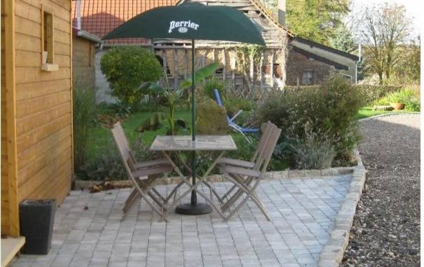 Location de vacances - Gîte à Brailly-Cornehotte - terrasse 2