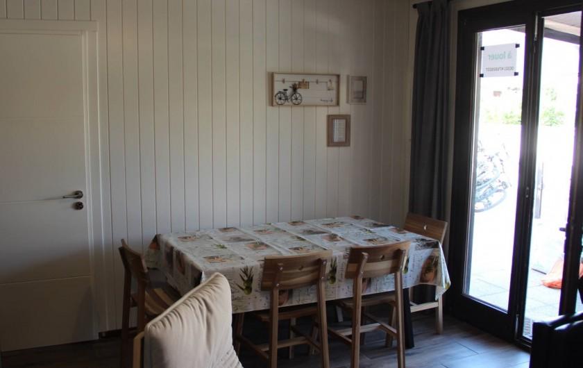 Location de vacances - Villa à Portiragnes Plage - 3 ème chambre à coucher au rez-de-chaussée avec 2 lits simples.