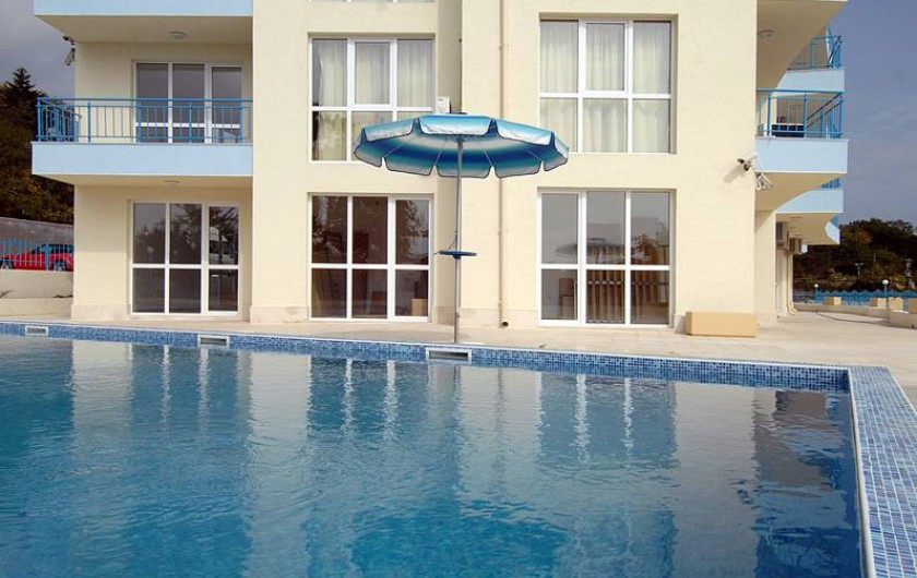 Location de vacances - Appartement à Varna - la piscine