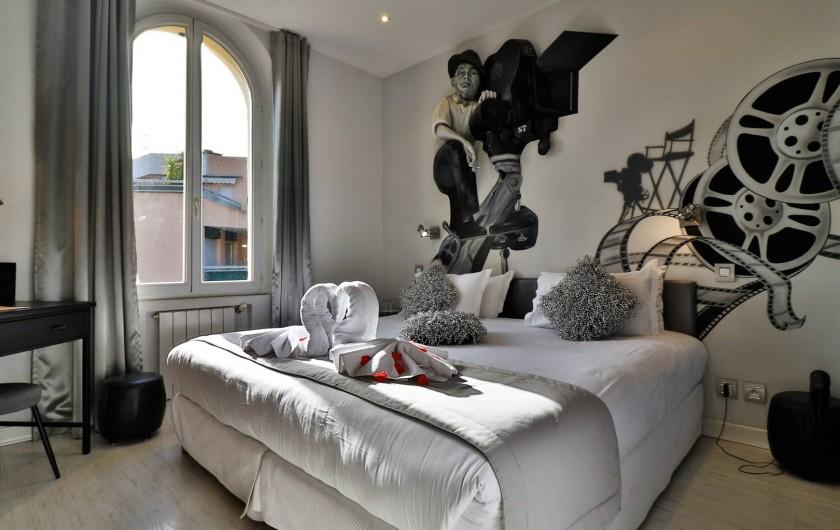 Location de vacances - Hôtel - Auberge à Cannes - la chambre cinéma