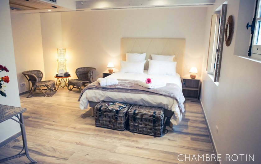 Location de vacances - Chambre d'hôtes à Sainte-Maure - Chambre Rotin