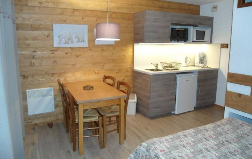 """Location de vacances - Chalet à Cohennoz - """"EDELWEISS"""" - studio 2 à 4  pers."""