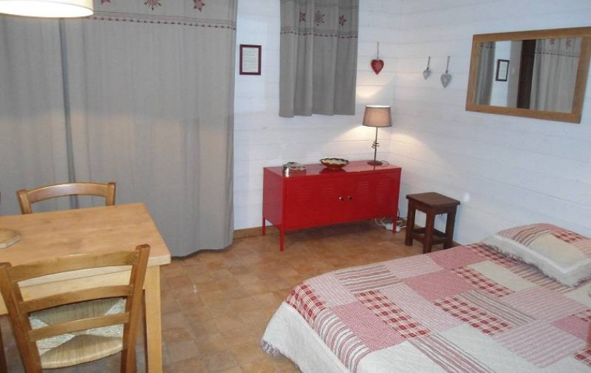 """Location de vacances - Chalet à Cohennoz - """"RODHODENDRON"""" - studio 2 à 4 pers."""