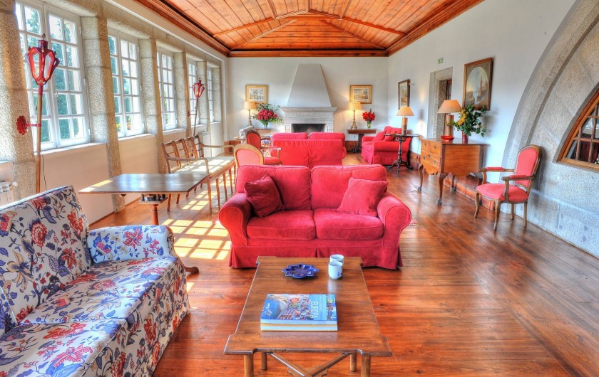 Location de vacances - Gîte à Santa Cruz do Lima - Salon Casa de Luou - 1er étage.