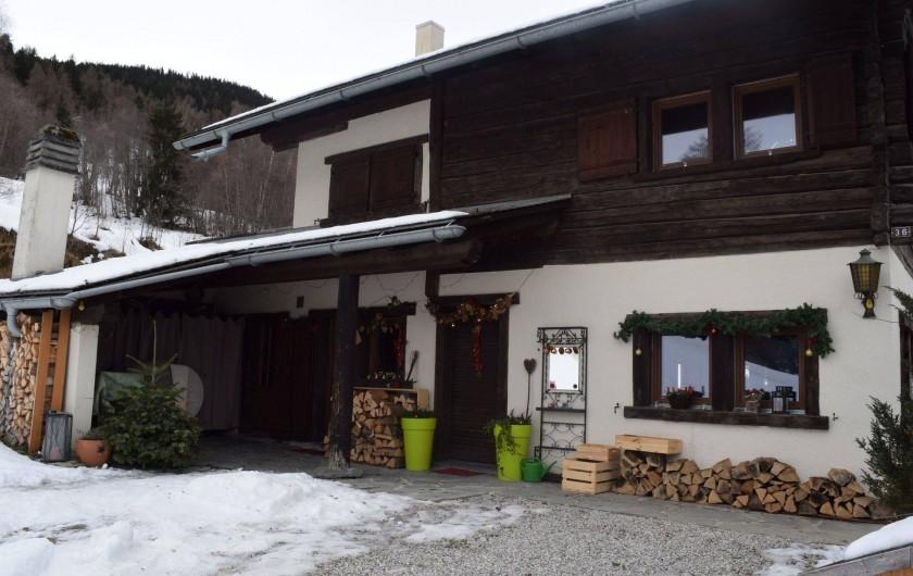 Location de vacances - Appartement à Vercorin - Façade Est avec entrée