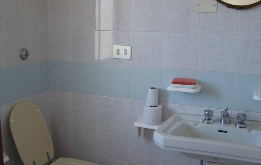 Location de vacances - Maison - Villa à Tresnuraghes - Salle de douche a l'étage