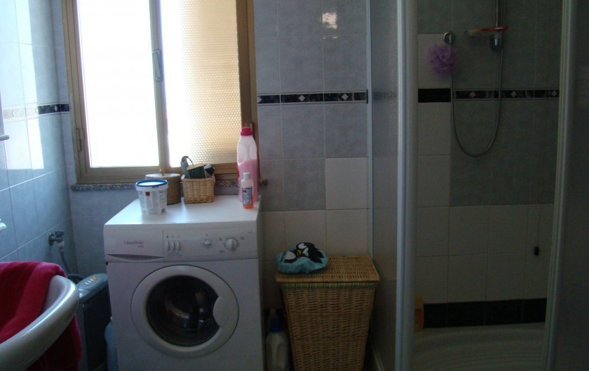 Location de vacances - Maison - Villa à Tresnuraghes - Salle de douche au rez-de-chaussée