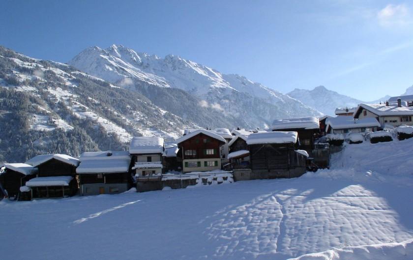 Location de vacances - Chalet à Bruson - Village de BRUSON EN HIVER