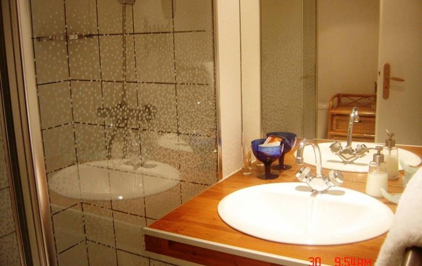 Location de vacances - Chambre d'hôtes à Kuttolsheim - Duplex Lune salle de douches  WC