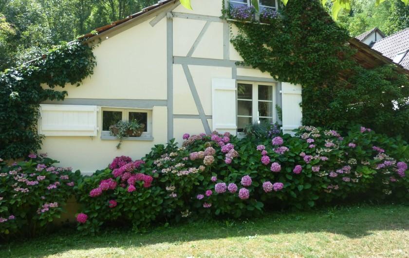 """Location de vacances - Chambre d'hôtes à Kuttolsheim - maison """"la vallée"""""""