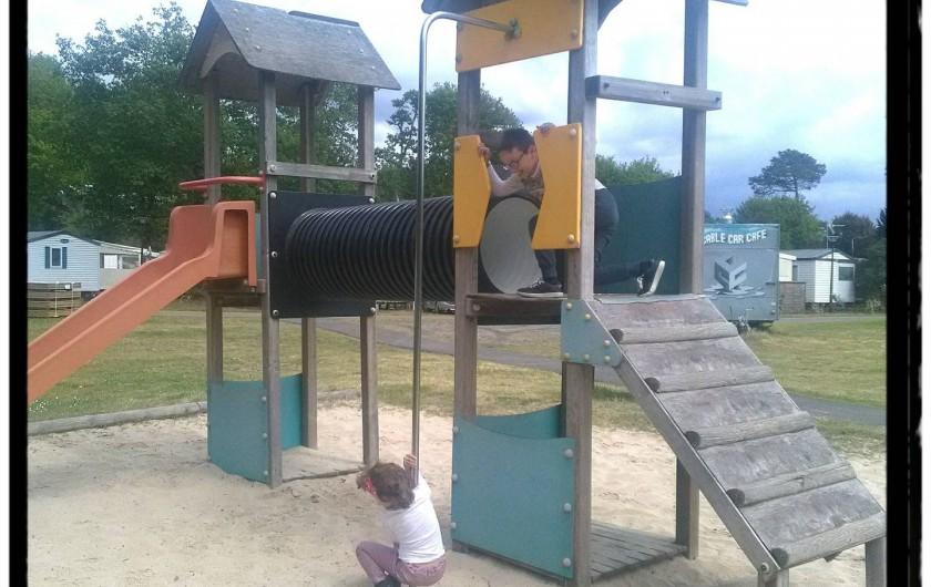 Location de vacances - Bungalow - Mobilhome à Mimizan - aire de jeux