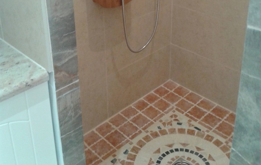Location de vacances - Appartement à Appietto - douche à l'italienne