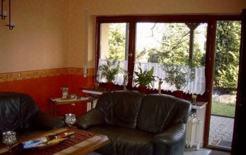 Location de vacances - Gîte à Allendorf - Salon et porte d'entree