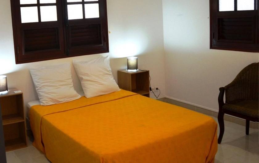 """Location de vacances - Appartement à Les Trois-Îlets - Villa Ansalane - T3 """"Sylvie - Chambre 1"""