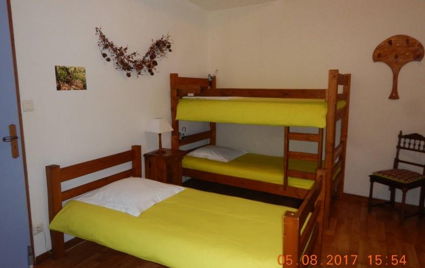 Location de vacances - Gîte à Saint-Agnan-en-Vercors - chambre verte autre vue