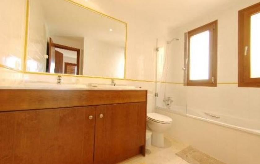 Location de vacances - Appartement à Torrevieja - Salle de bains 1