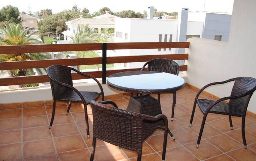 Location de vacances - Appartement à Torrevieja - Terrasse