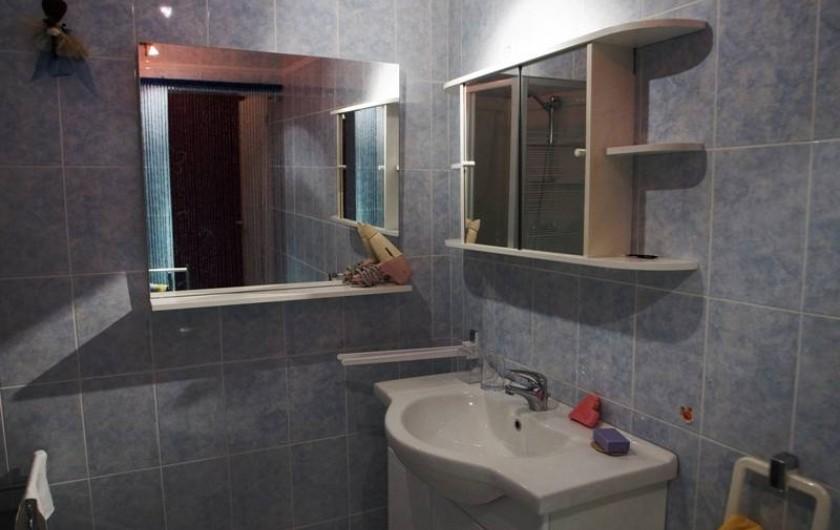 Location de vacances - Studio à Cairanne - Salle de bains 1